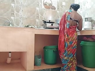 Desi indian Cheating maid Fucked By house owner In Kitchen