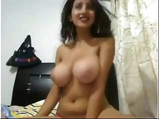Indian delhi sexy escort showing her boobs on webcam for money - Sex Videos - Watch Indian Sexy Porn